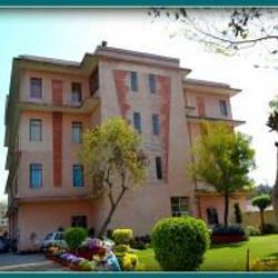 lingaya's institute of health sciences