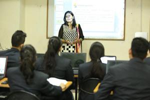 IIBS NOIDA - Classroom