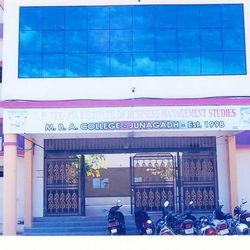 N.R. Vekaria Institute of Business Management Studies