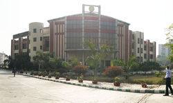 Shaheed Rajguru College of Applied Science for Women