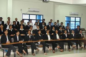HNLU - Student