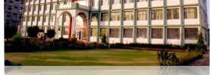 Dr Shyam Lal Thapar College of Nursing