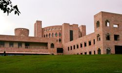 ISB Hyderabad | Indian School of Business, Hyderabad: Rank, Fees, Cutoff,  Placements, Admissions