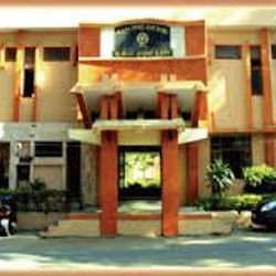 M. P. Shah Medical College