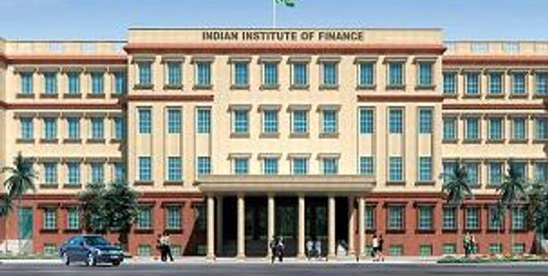 Admission Notice –    IIF Invites Applications for MBF-2016