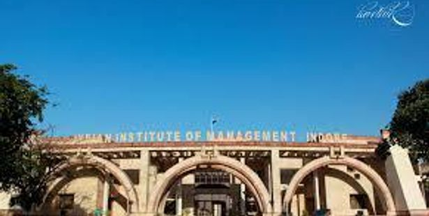 IIM-Indore Students Organized Career Counseling at Govt. School
