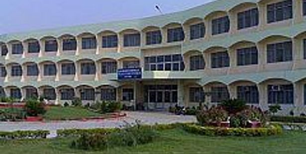 IIT to Assists Tech Varsity Sharing Knowledge