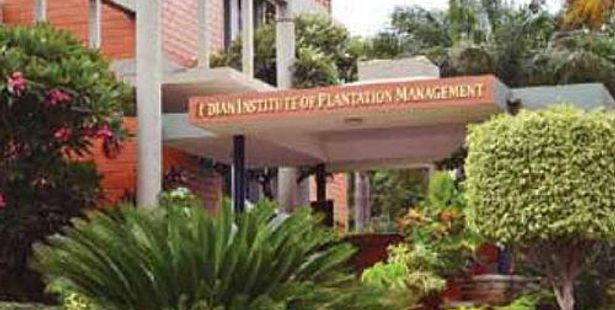 Admission Notice -  IIPM Bangalore Invites Application for PGDM -2016