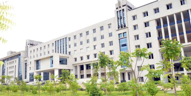 250 Engineering Students Of Gitam University Hyderabad Bagged Jobs In Tech Mahindra Collegedekho
