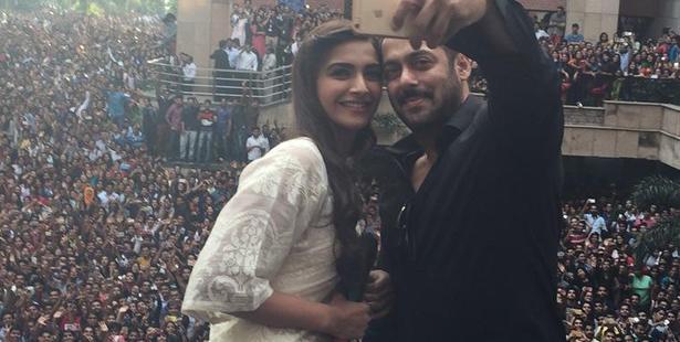 Salman and Sonam took Amity by Storm